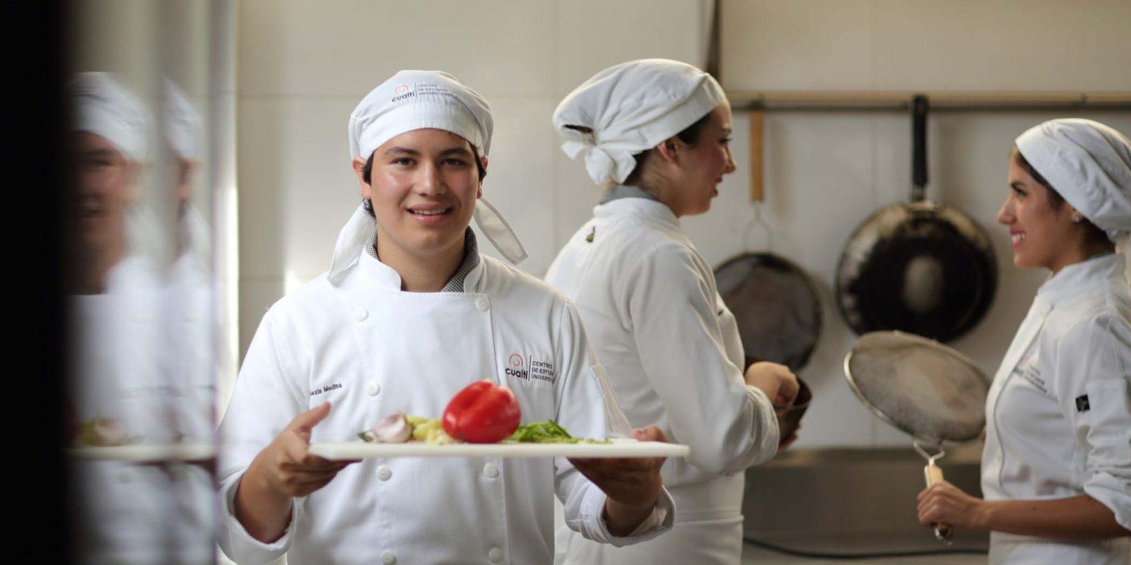 Licenciatura en Gastronomía – ¡Iniciamos en Agosto 2020!
